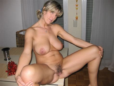 Woman nude in front of boy free videos nesaporn jpg 500x375